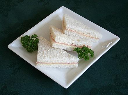 purewasabi & Ham Sandwich